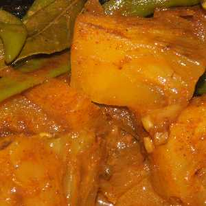 Sri Lankan Food: Pineapple Curry